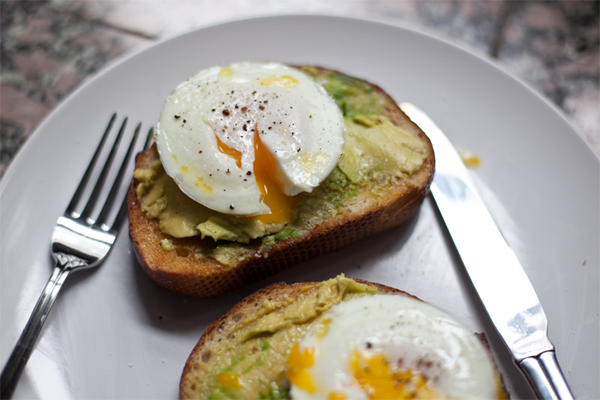 Avocado Toast Top with Eggs